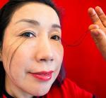 Китаянка отрастила 20-сантиметровые ресницы