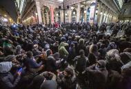штурм театра в Париже