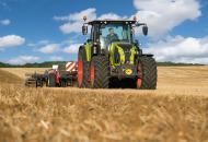 трактор для сельскохозяйственной фермы