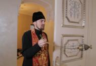 священник-пцу