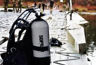 Водолазы-разведчики проверилипонтонно-мостовые переправы через реку Северский Донец