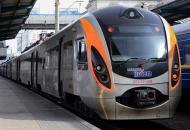 Луганская, поезда