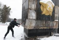Львов, памятник, демонтаж