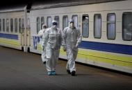 """На период карантина для бесплатных перевозок пассажировзадействовано 147 поездов """"Укрзализныци"""""""