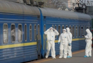 """""""Укрзализныця"""" запустила 8 спецрейсов из областей """"красной"""" зоны"""