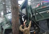 """На Львовщине в ДТП попал """"КрАЗ"""" с военнослужащими"""