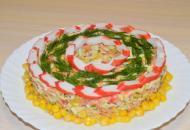 «Новенький» салат с крабовыми палочками