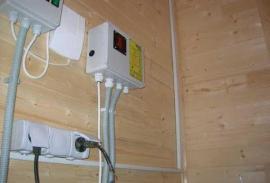 Электромонтаж в деревянных домах