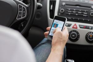 Удостоверение и техпаспорт в смартфоне