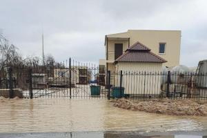 Азовское море, шторм