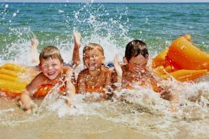 Выбираем детский круг для плавания