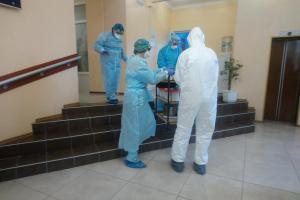 В Новые Санжары прибыли эпидемиологи для сбора анализов накоронавирус