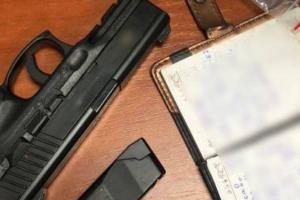 В Киеве мужчина обстрелял автомобиль патрульной полиции