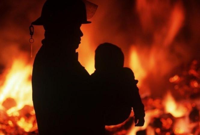 В Житомирской области на пожаре погибла годовалая девочка