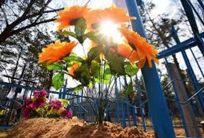 На Луганщине ограничили посещение кладбищ