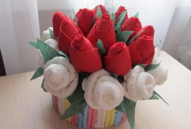 розы из салфеток