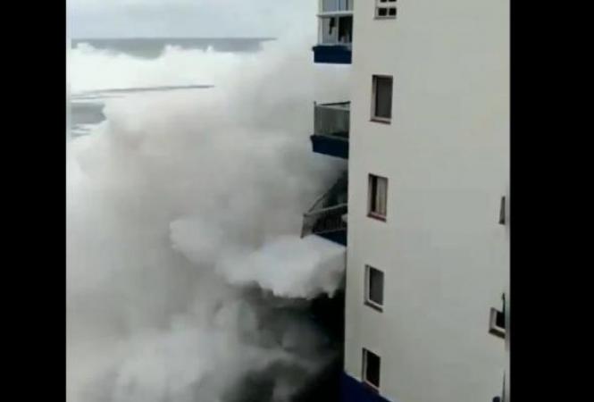 шторм на Тенерифе