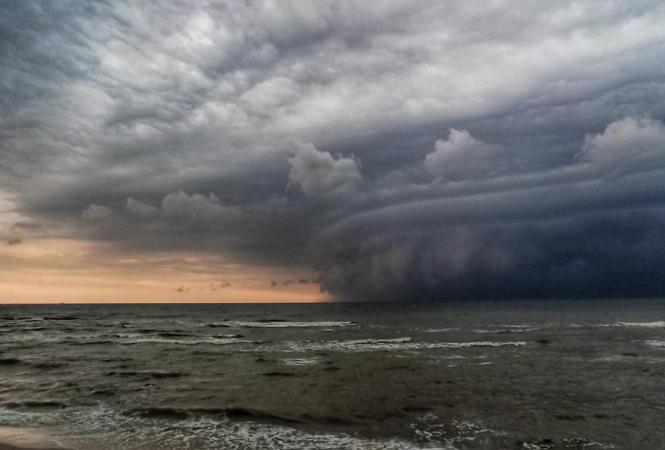 шторм белосарайская коса