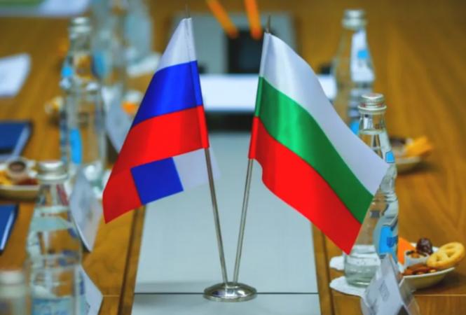 Болгария высылает двух российских дипломатов, подозреваемых в шпионаже