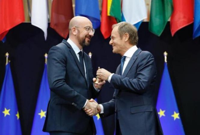 Дональд Туск передал полномочия президента Евросовета Шарлю Мишелю