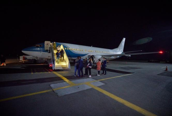 Из сирийского лагеря эвакуировали украинку ссемью детьми