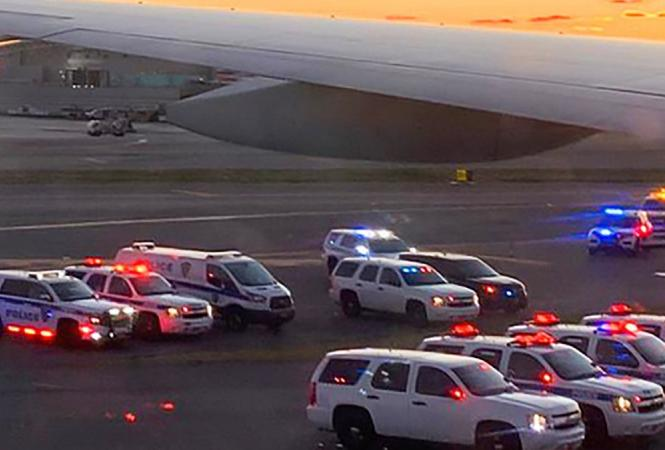 """В США из-за угрозы взрываэвакуировали пассажиров рейса """"Москва – Нью-Йорк"""""""
