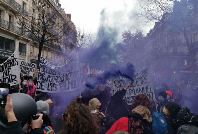 Массовые протесты во Франции продолжаются
