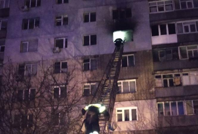 В Харькове ночью горела квартира в жилой многоэтажке