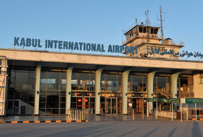 Самолетомиз Кабулаэвакуированы около 80 человек