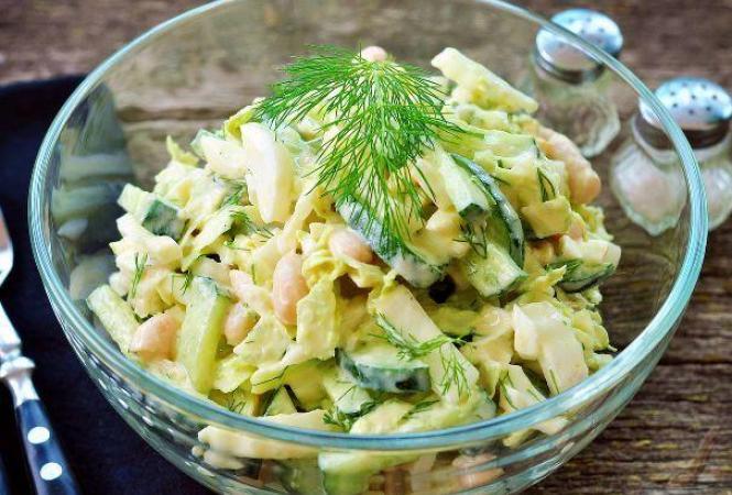Салат из пекинской капустой с фасолью